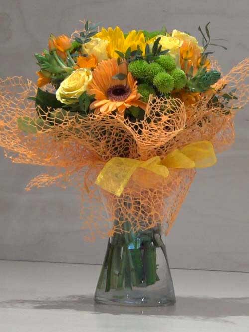 Fiori Arancioni E Gialli.Bouquet Giallo Arancione Con Gerbere Rose E Margheritina Zambon